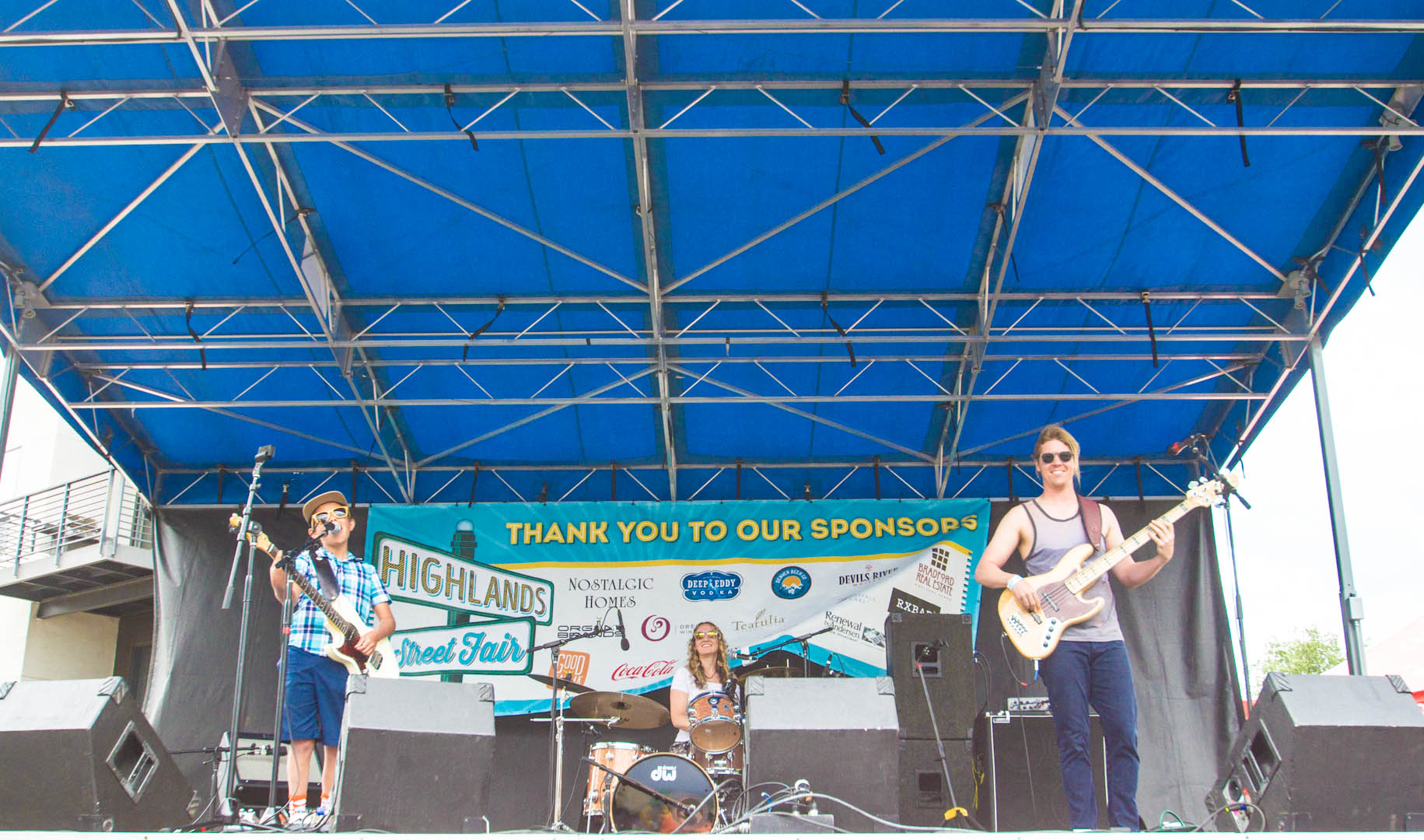 The Dylan Miles Experience dominates the stage at the Highlands Street Fair