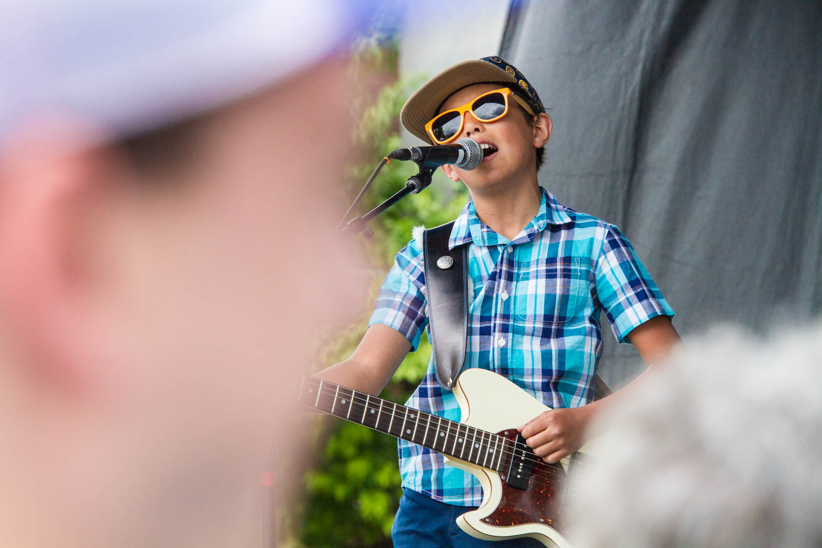 The Dylan Miles Experience steals the show at the Highlands Street Fair